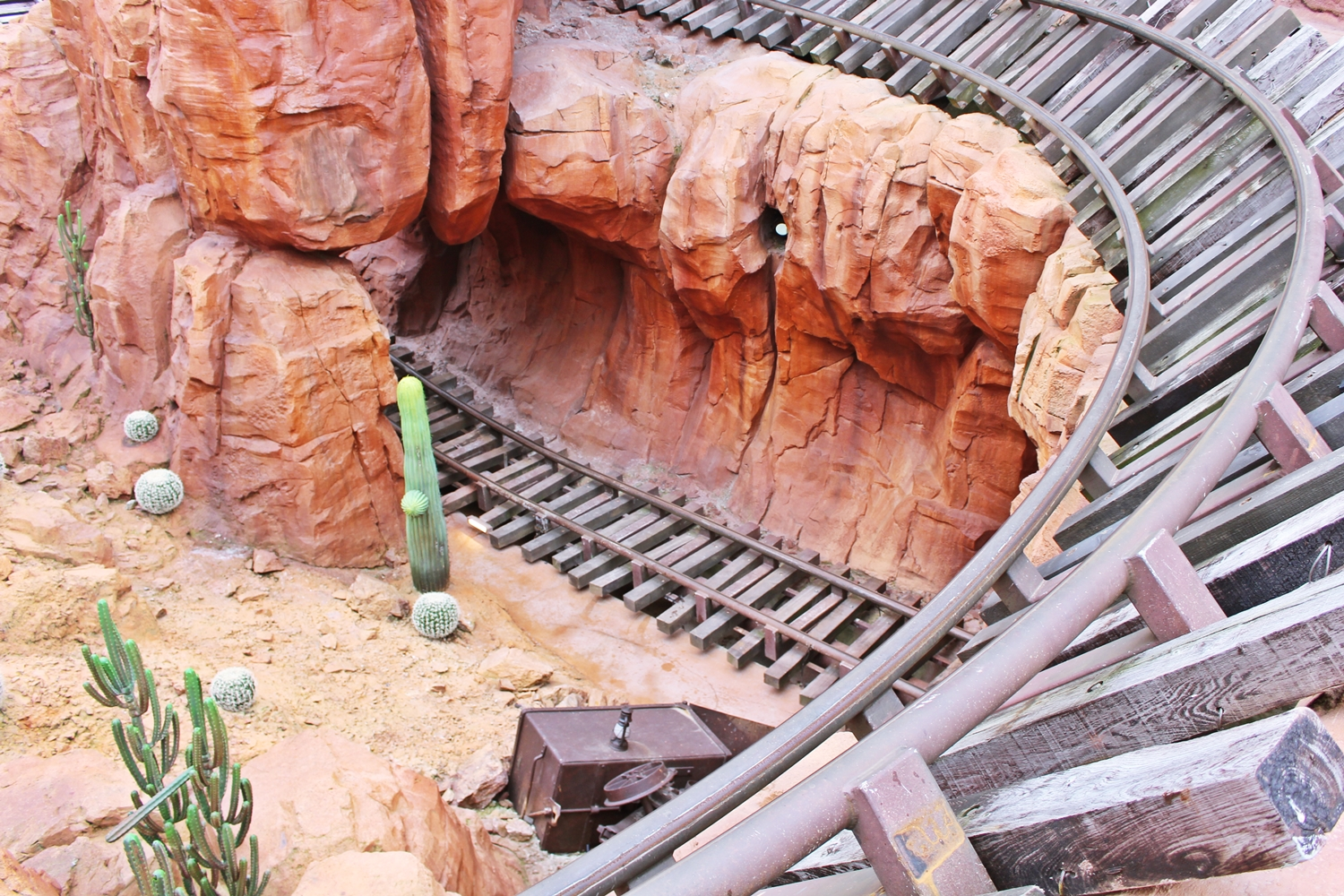 disneyland-paris-train-de-la-mine-4